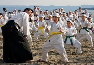Teaching a large martial arts class using a rotating curriculum